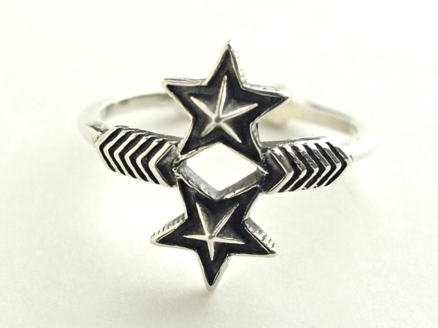 01-0280 W-Arrow & W-Small-Star Ring PB128916.jpg